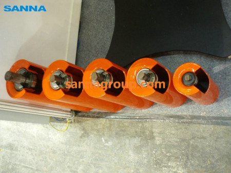 Static painting conveyor roller1-conveyor idler,pulley,belt manufacturer-SANNA